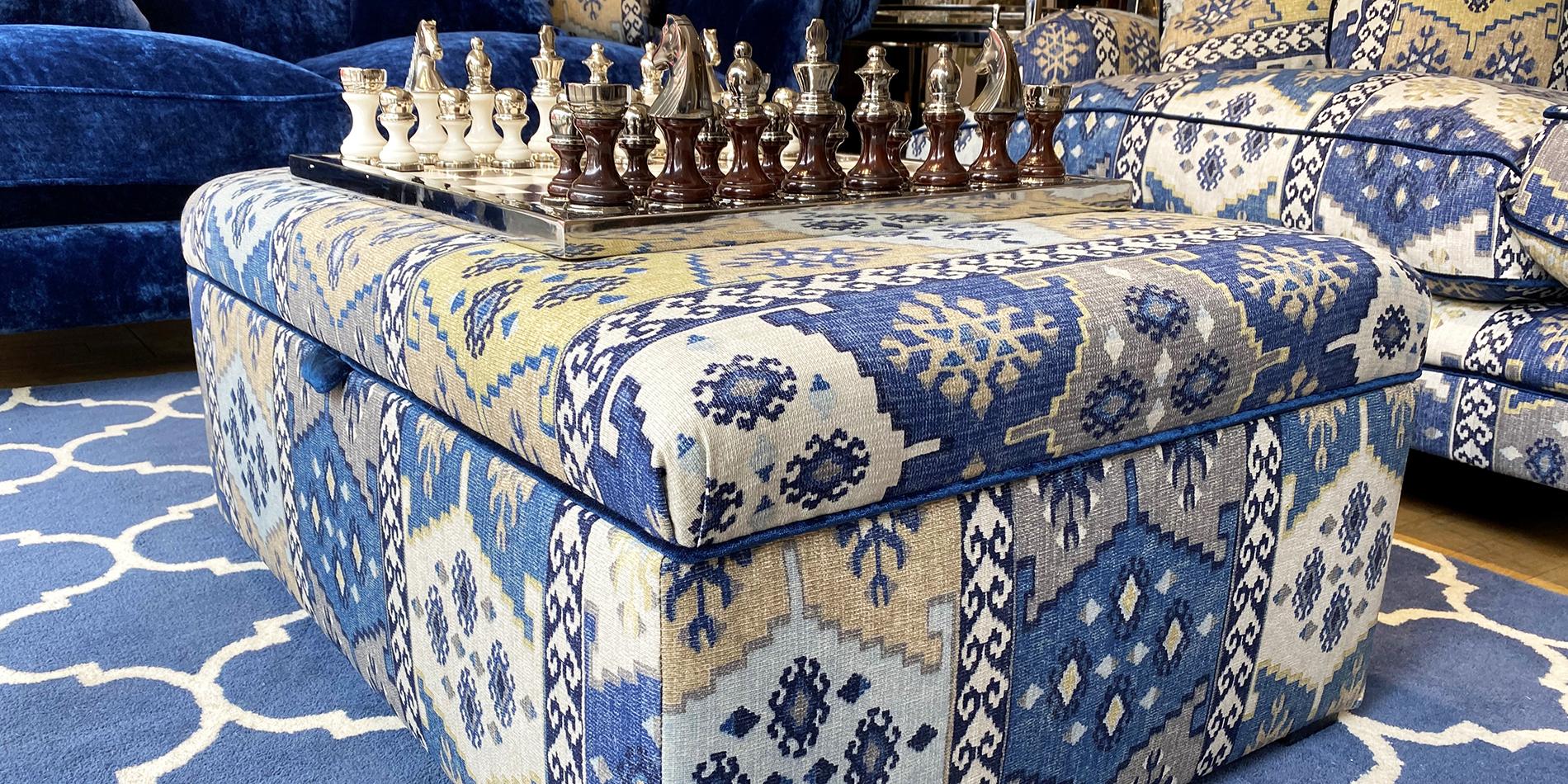 Footstools & Ottomans