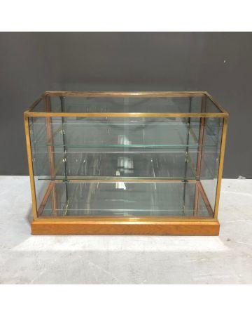 Brass & Glass Counter