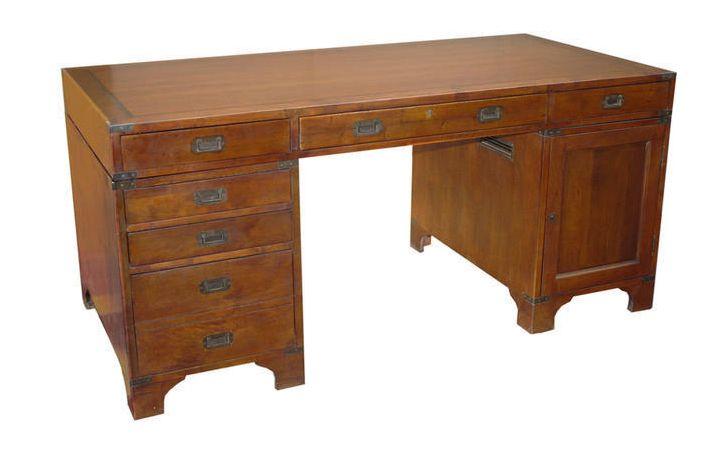 Viceroy Partner's Desk